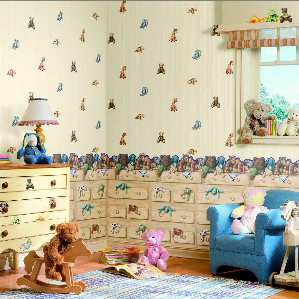 Обои с игрушками для комнаты маленького мальчика