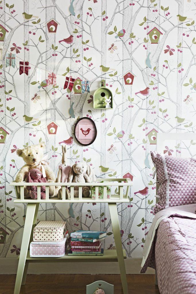 Нежные обои пастельных цветов в комнату для девочки