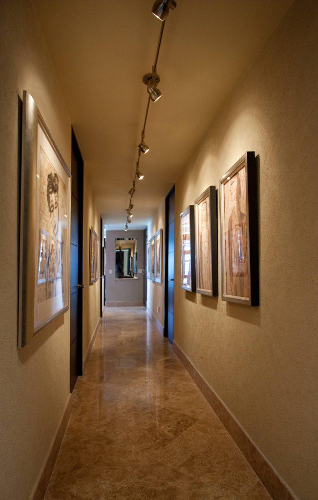 Картины для украшения коридора