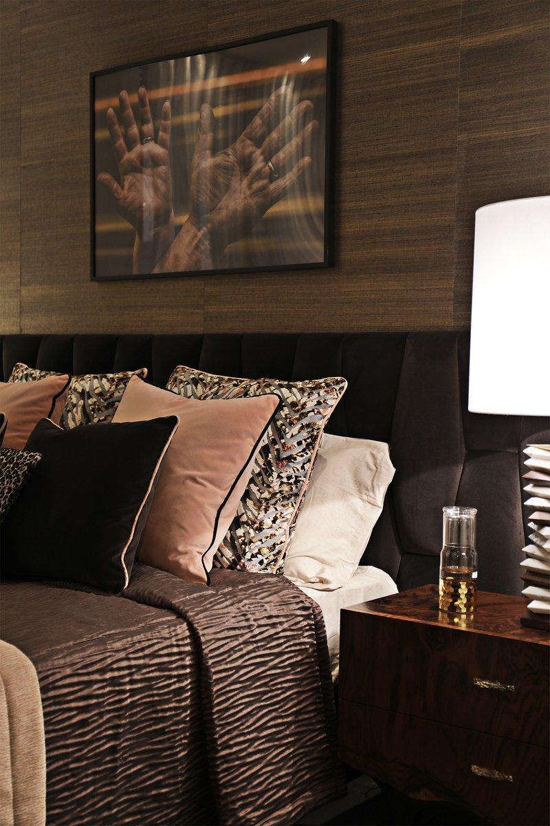 Сочетание панелей коричневого цвета в интерьере