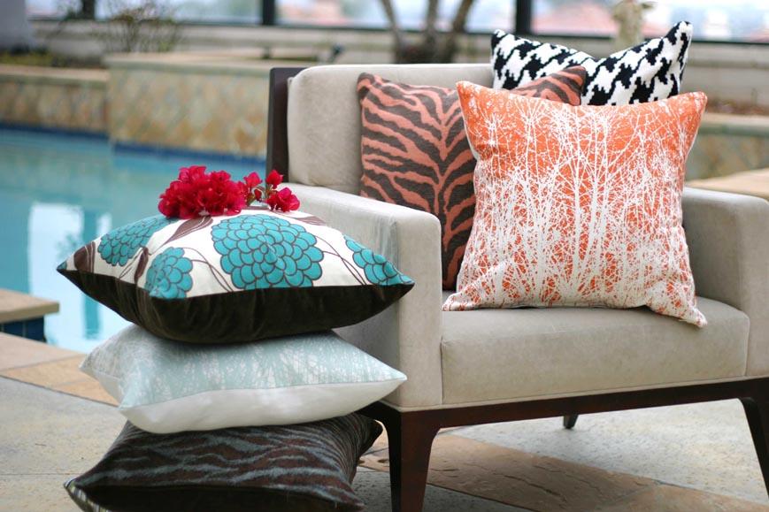 Подушки для декора кресла