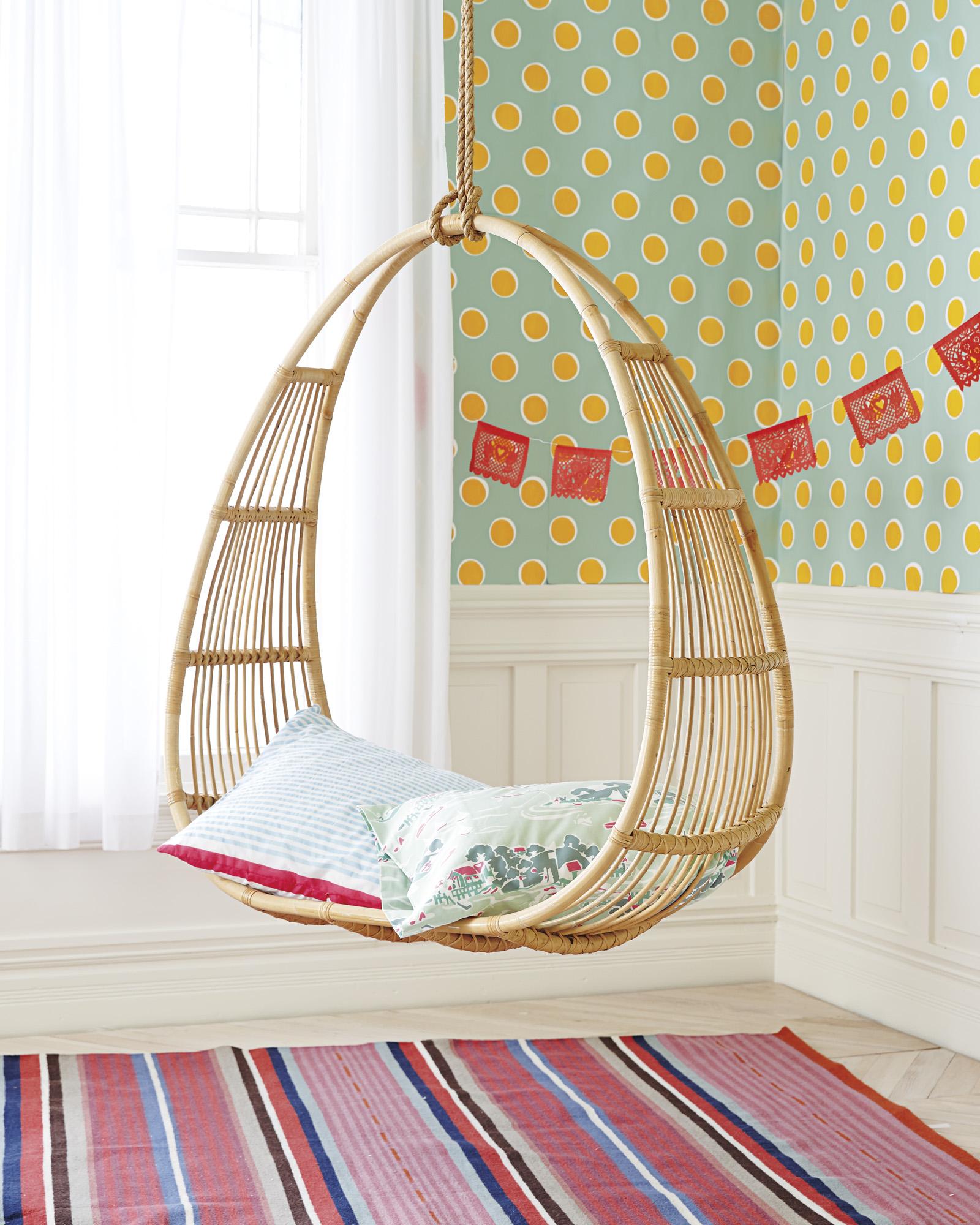 Подушки на подвесном кресле