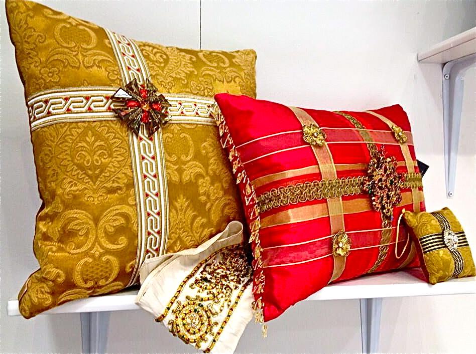 Подушки в императорском стиле