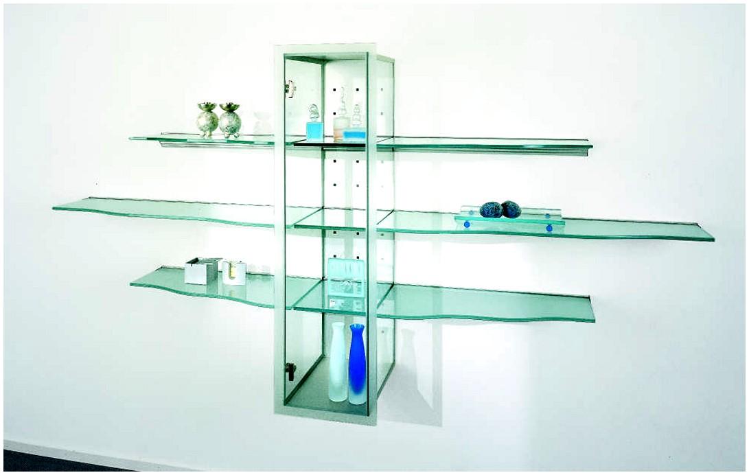 Комбинация полок из стекла под различные предметы