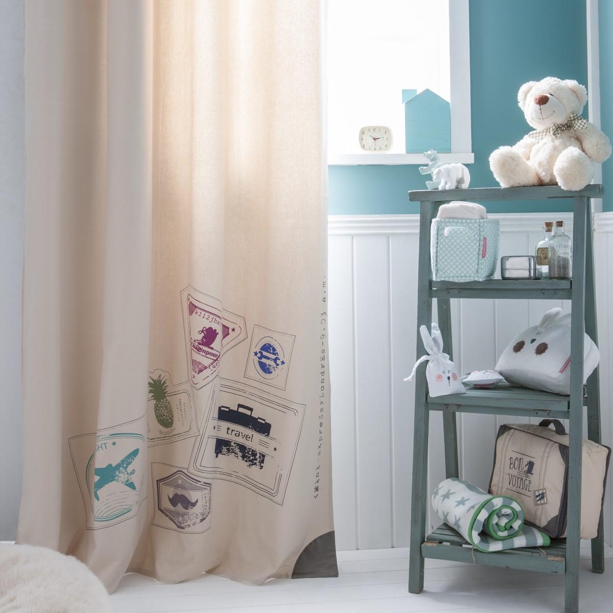 Дизайн штор для детской комнаты с принтом