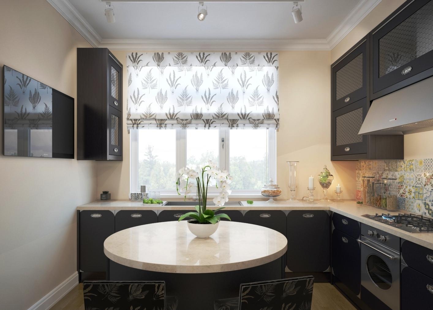 Раковина у окна на кухне с круглым столом
