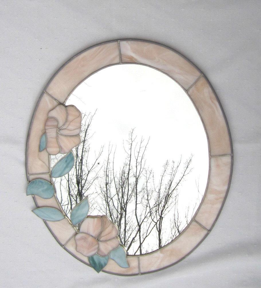 Украшение рамки зеркала в технике витраж
