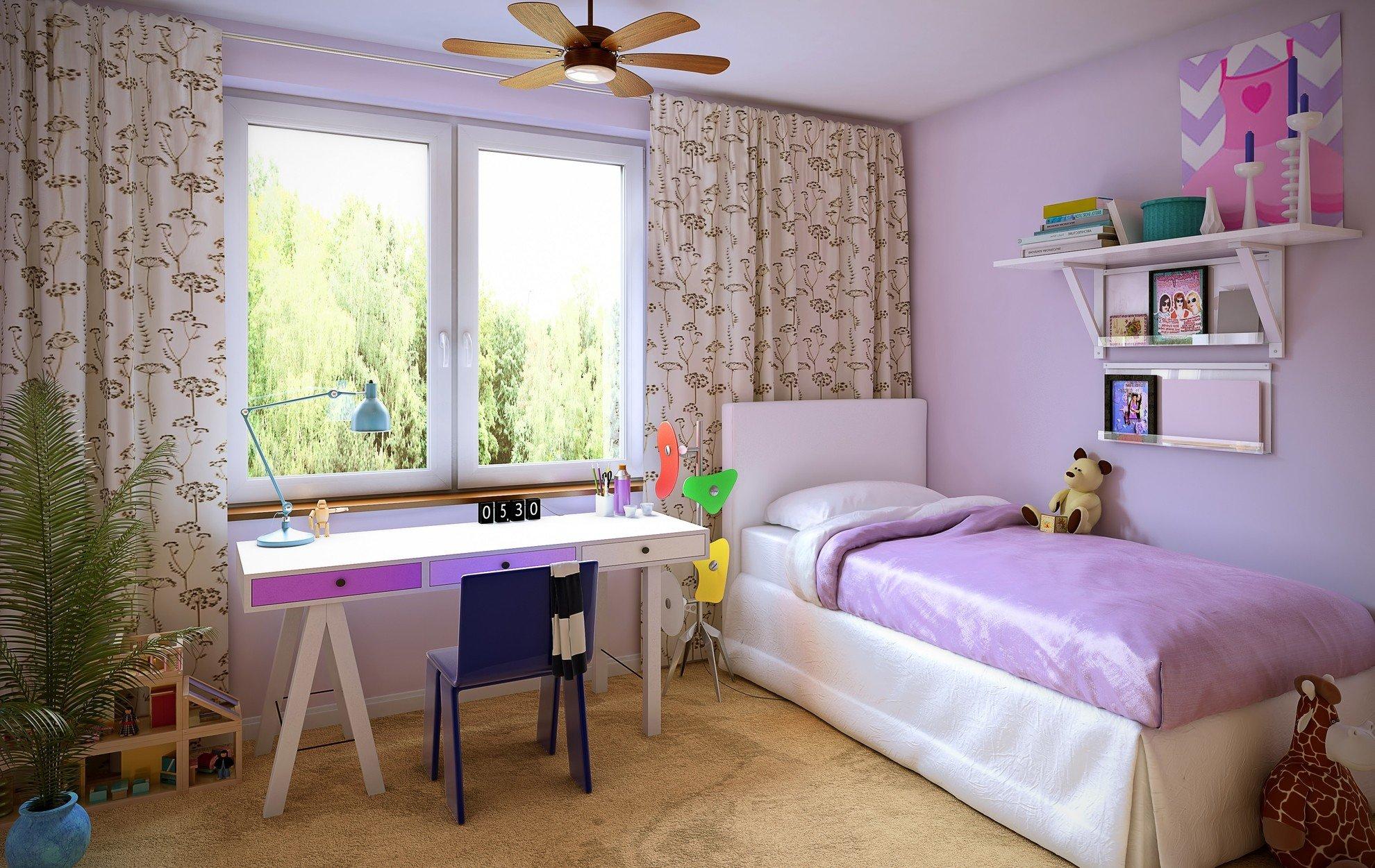 Дизайн штор для детской комнаты с растительным принтом