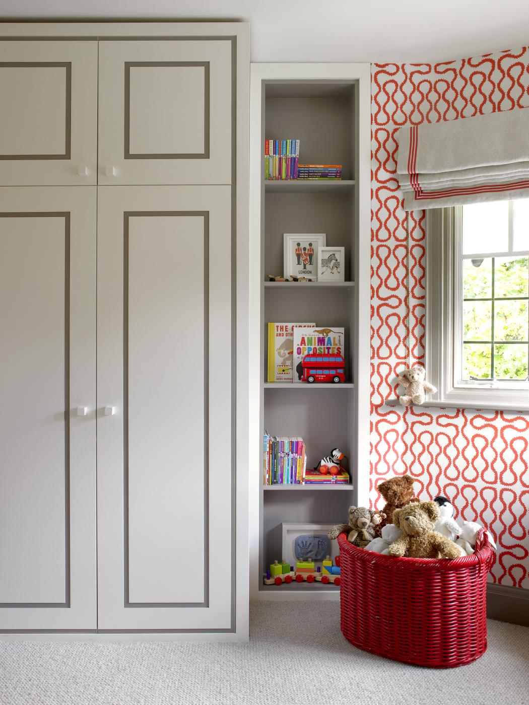 Дизайн штор для детской комнаты римских с геометрическим рисунком
