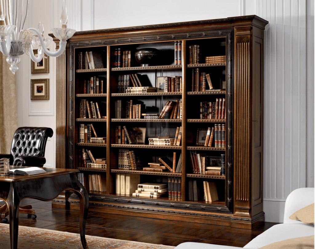 Коричневый классический книжный шкаф