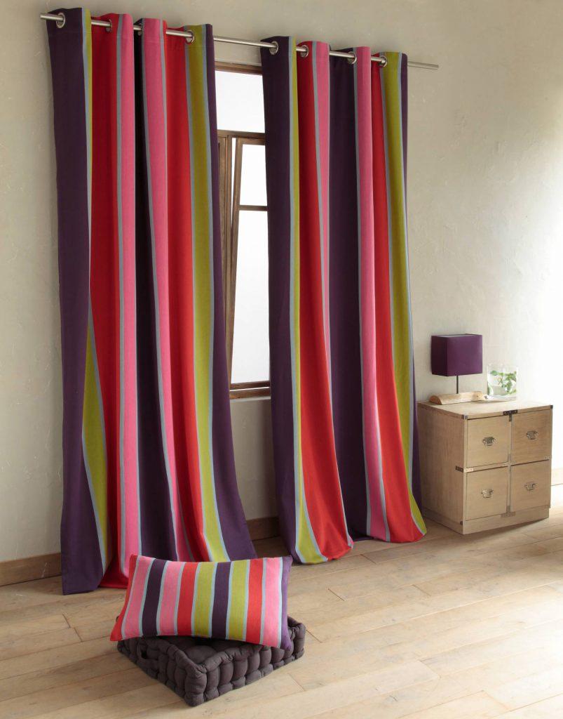 Разноцветные полосатые шторы на люверсах будут поднимать настроение каждый день