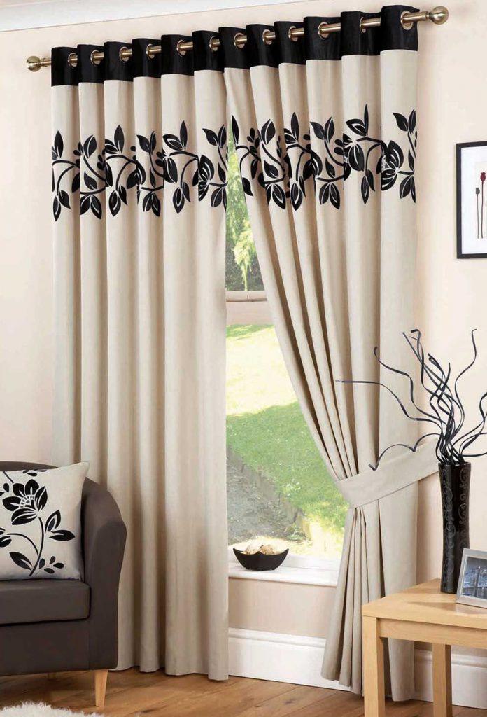 Черно-кремовые шторы в гостиную