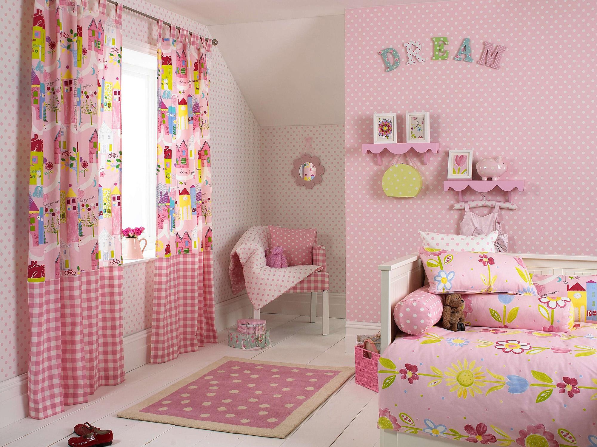 Розовые шторы с принтом в детскую для девочки