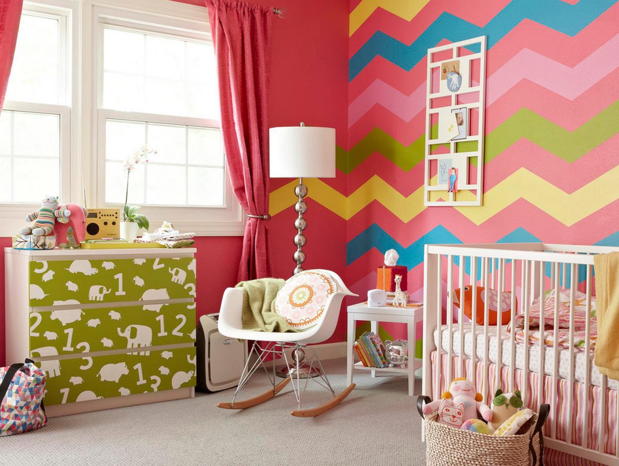 Красные шторы в детскую комнату для девочки