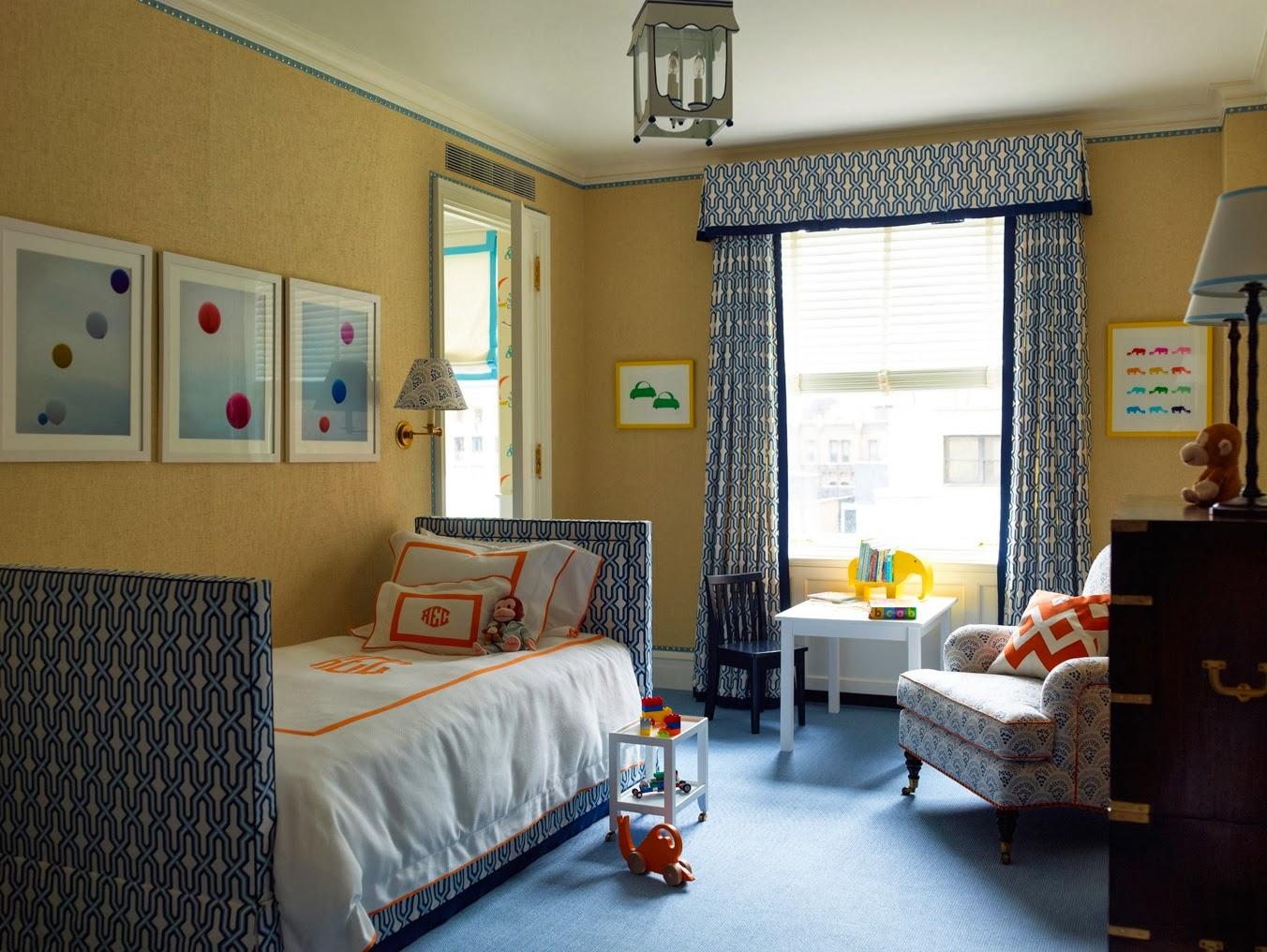 Сине-белые шторы в детскую комнату для мальчика