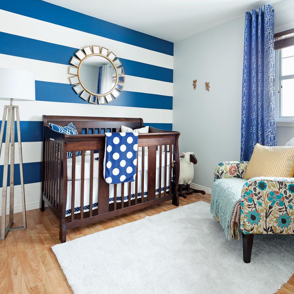 Дизайн штор для детской комнаты синий