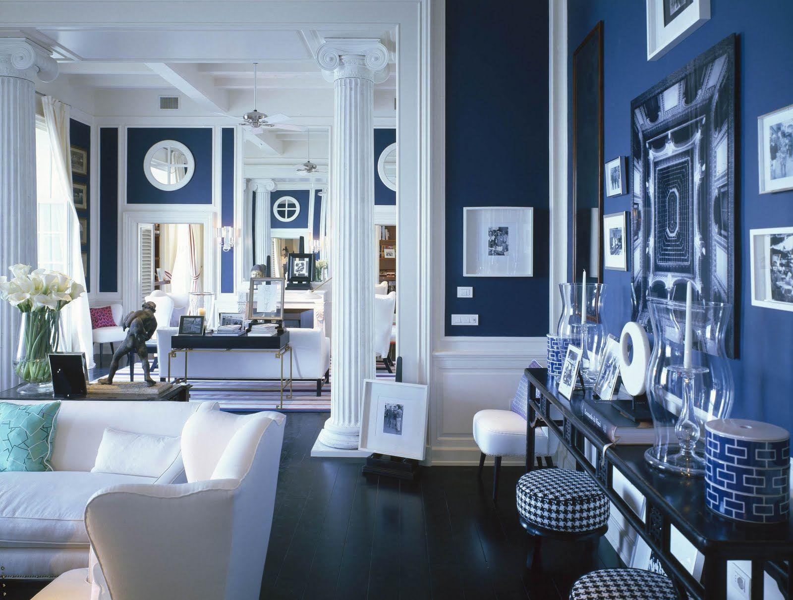 Синий и белый цвета в интерьере дома