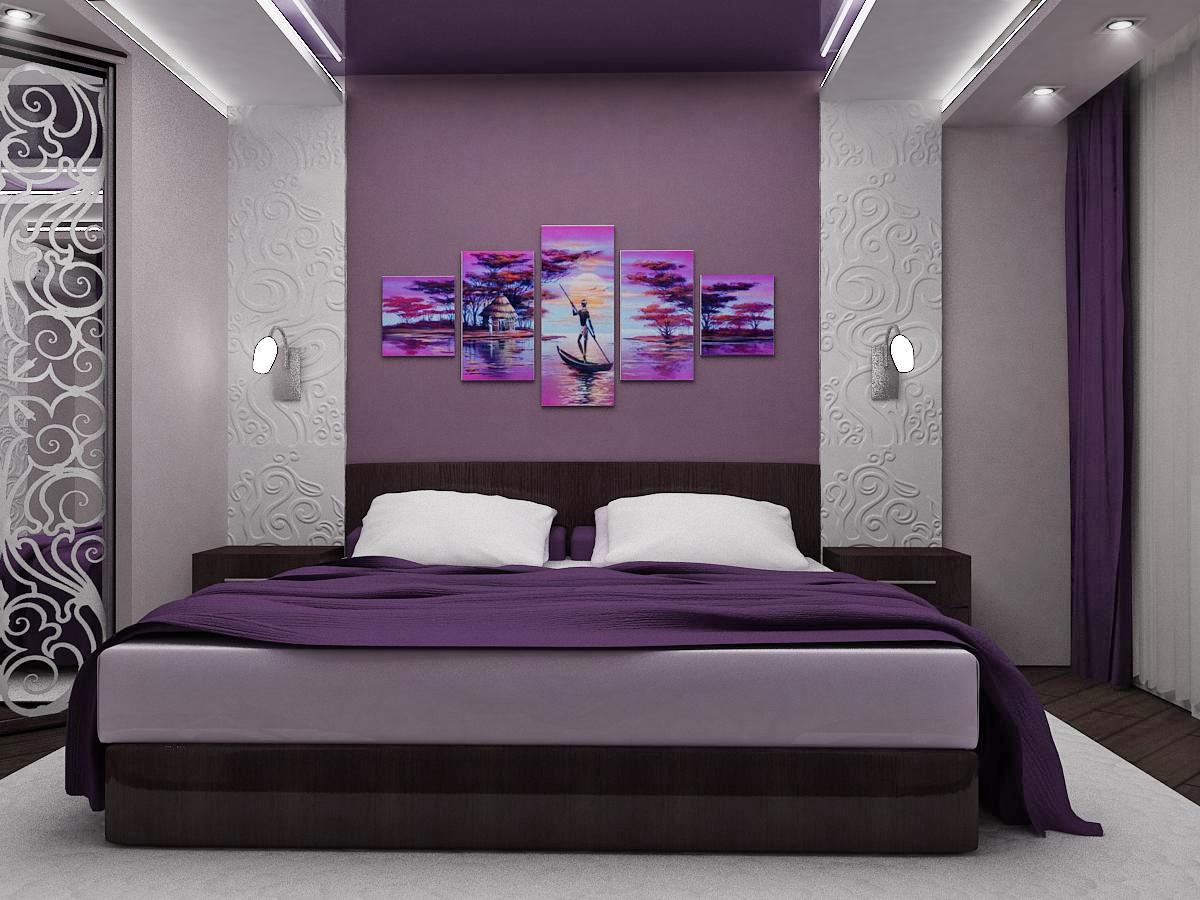Сочетание фиолетового, коричневого и белого в интерьере спальни