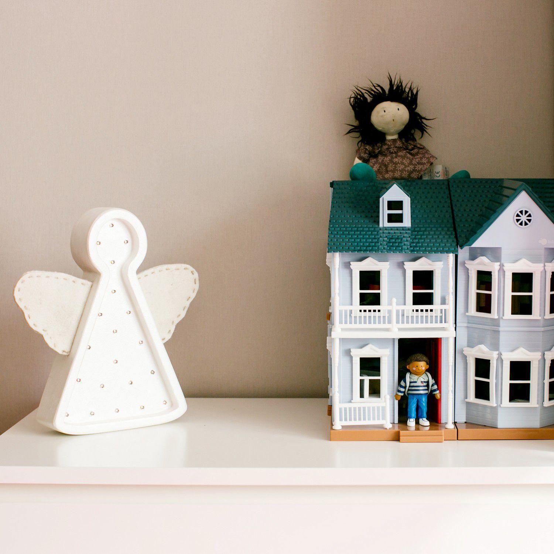 Прикроватный светильник для детской комнаты