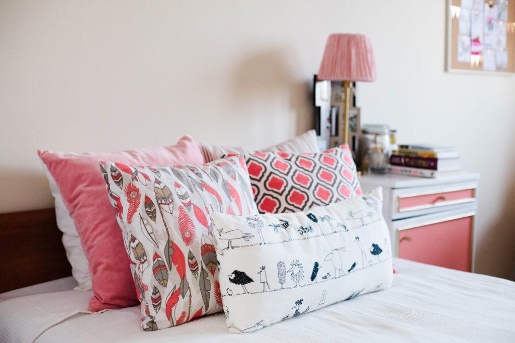 Красивые подушки в стиле бохо