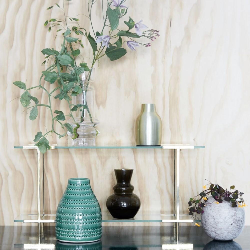 Консольный столик со стеклянной полкой