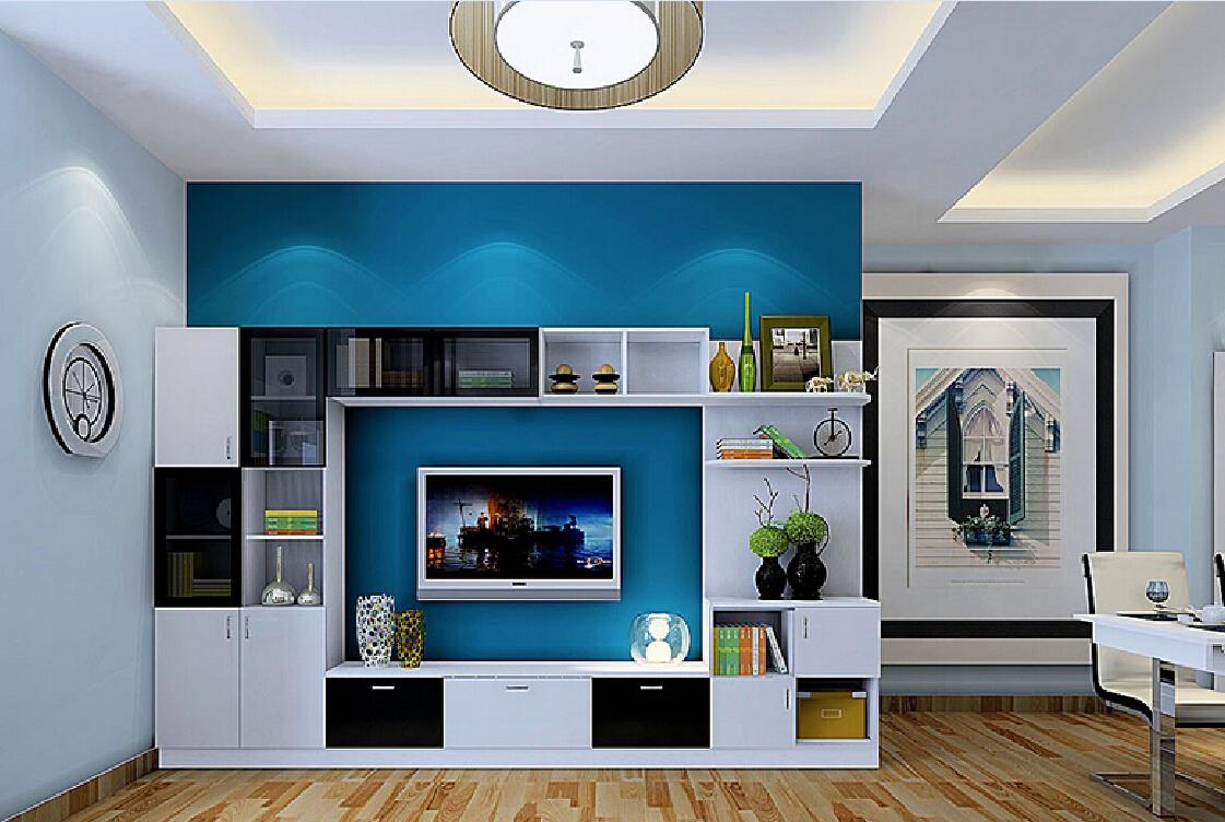 Телевизор в гостиной с голубой стеной