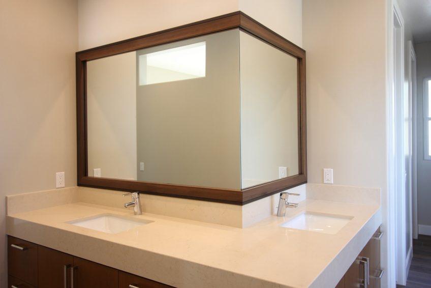 Угловая рама для зеркала