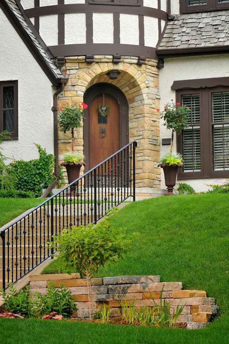 Дизайн входа частного дома