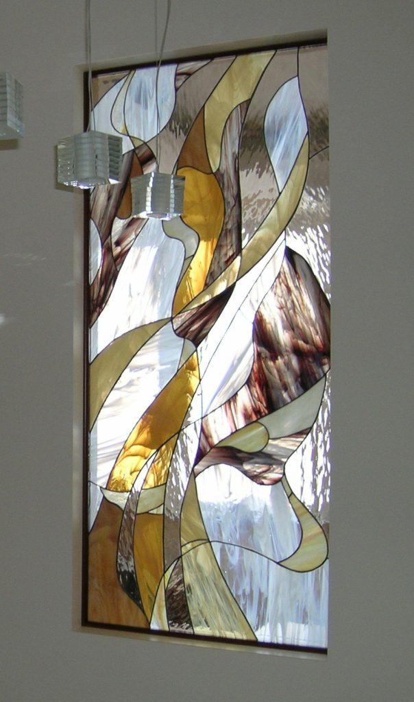 Витражное окно в доме