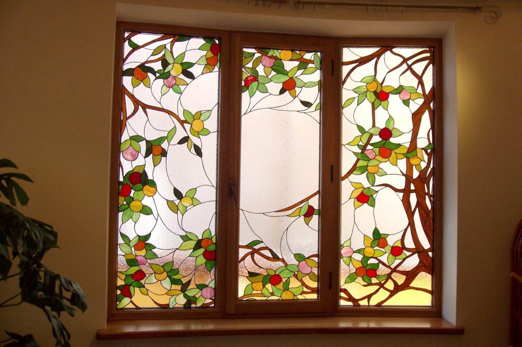 Витражное окно в квартире