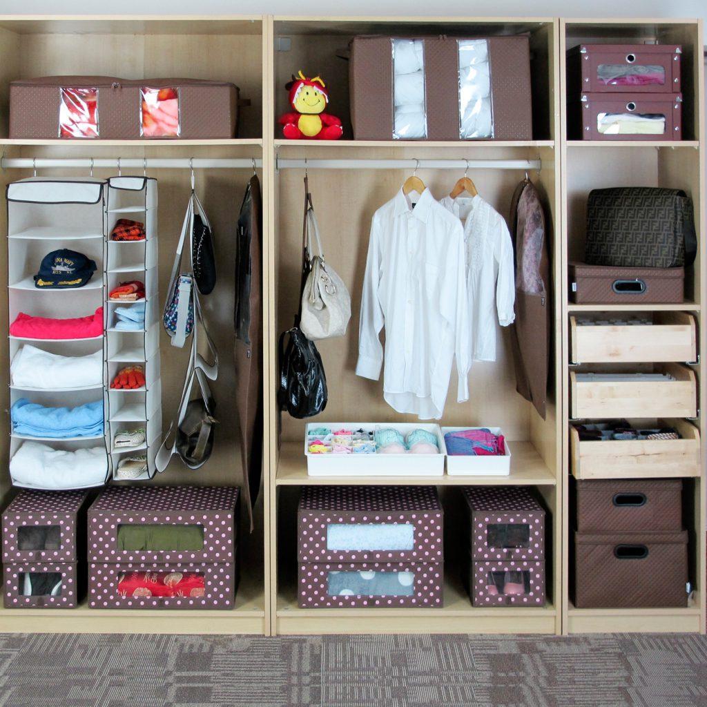 Грамотное хранение одежды и обуви в шкафу