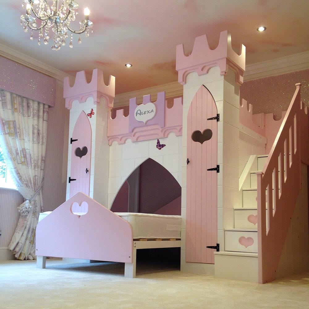 Двухъярусная детская кровать замок