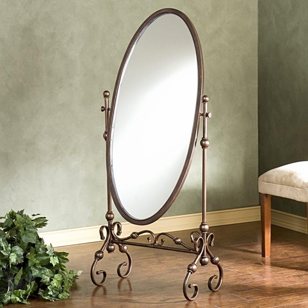 Поворотное зеркало в кованой основе