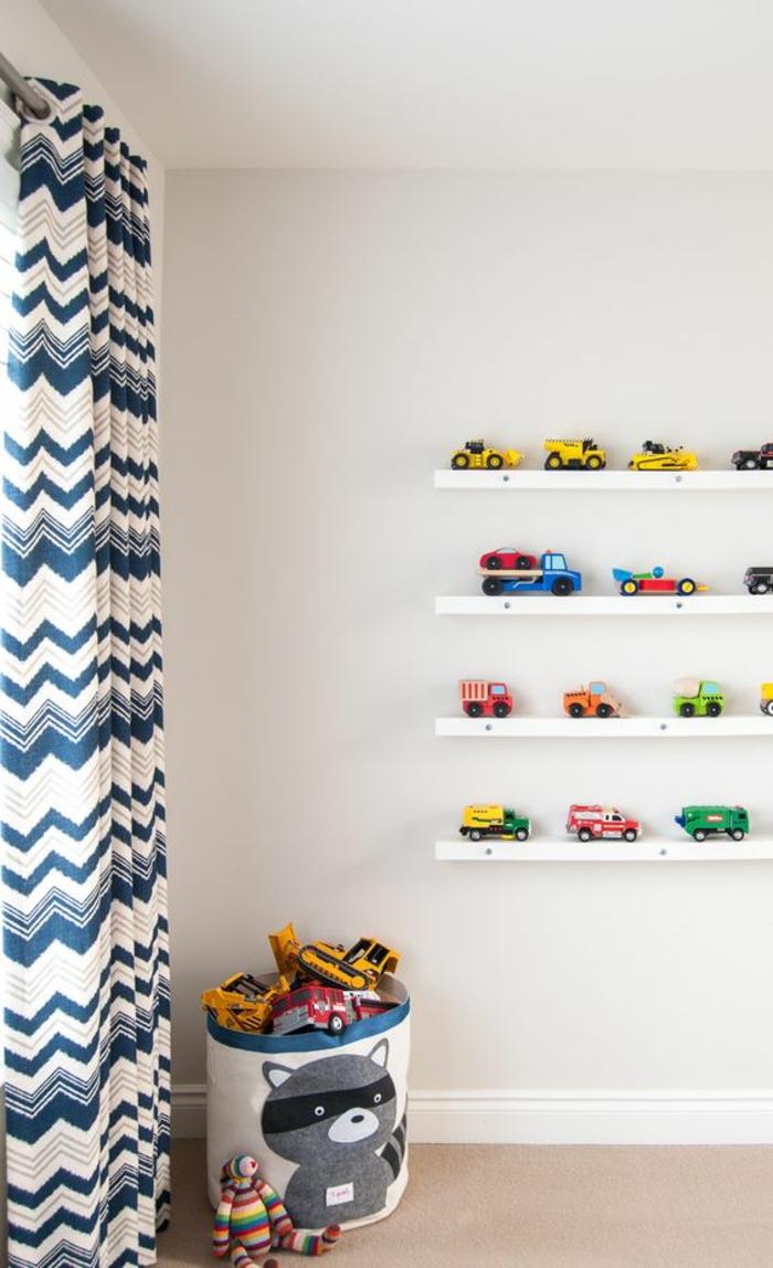 Дизайн штор для детской комнаты с зигзагами