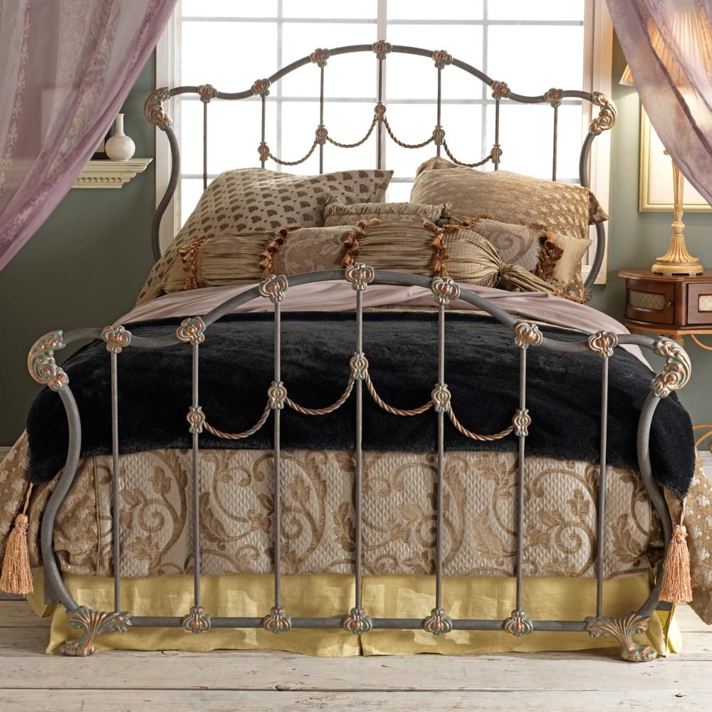 Ажурная кованая кровать