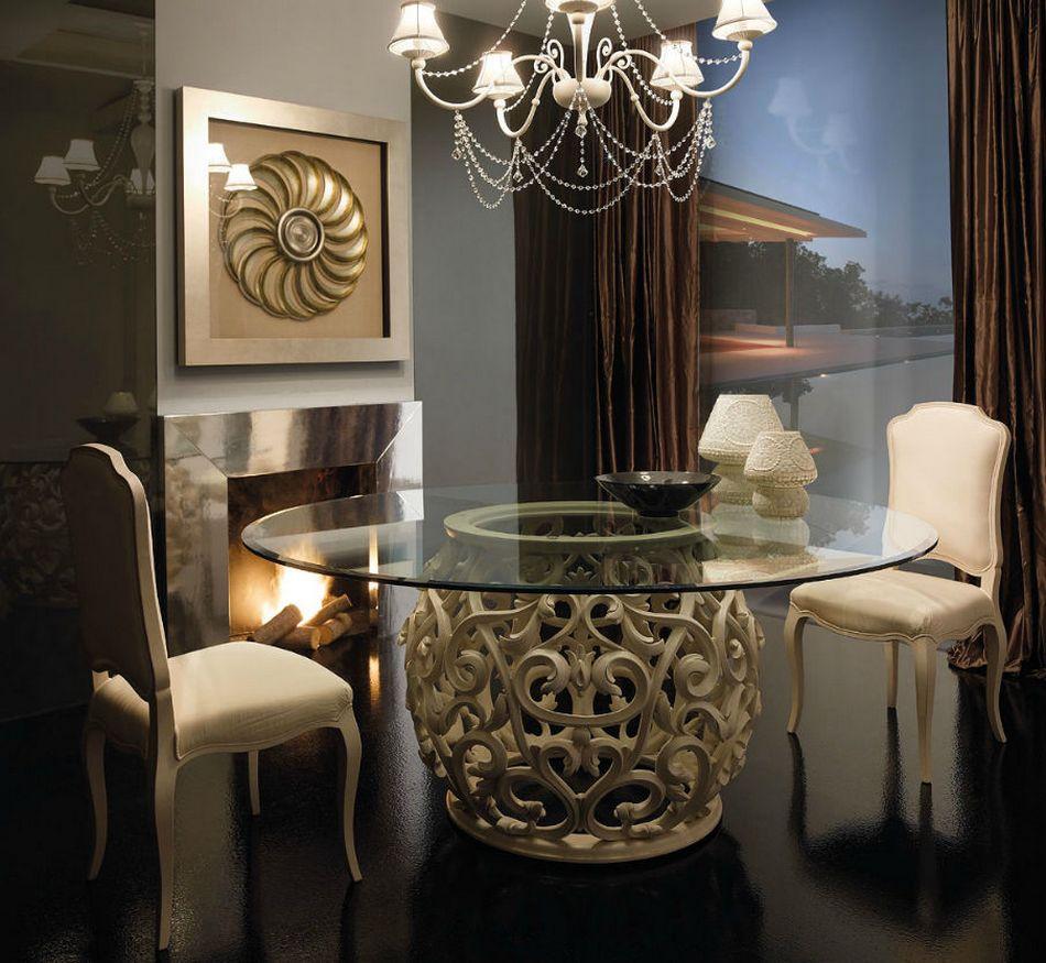 Современная гостиная с камином в стиле барокко