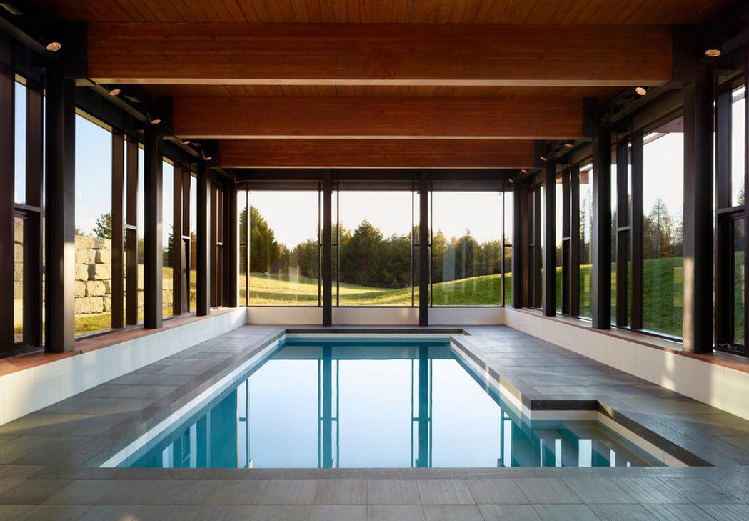 Крытый бассейн в доме