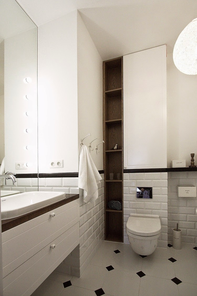 Белая мебель в ванной