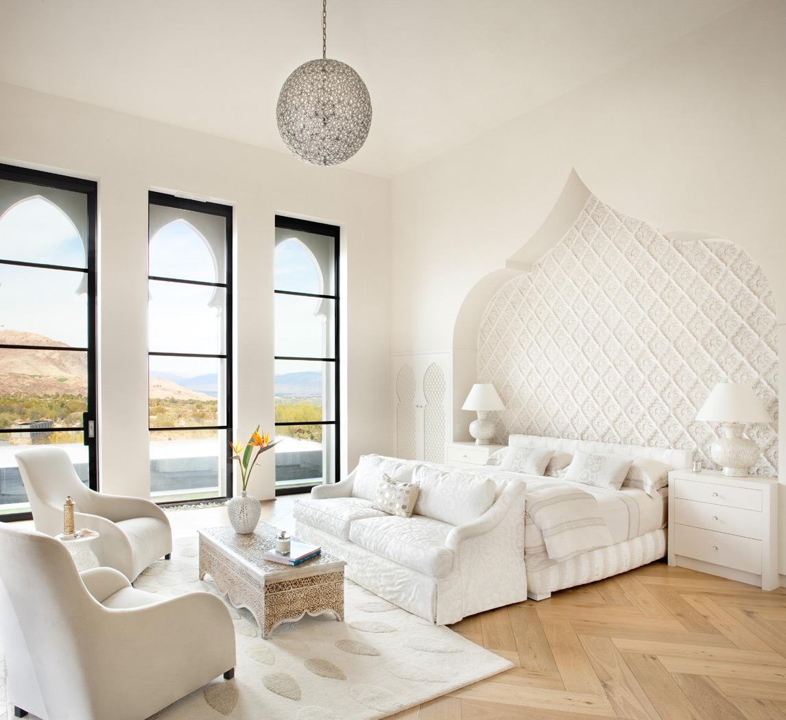 Восточный стиль в белом интерьере