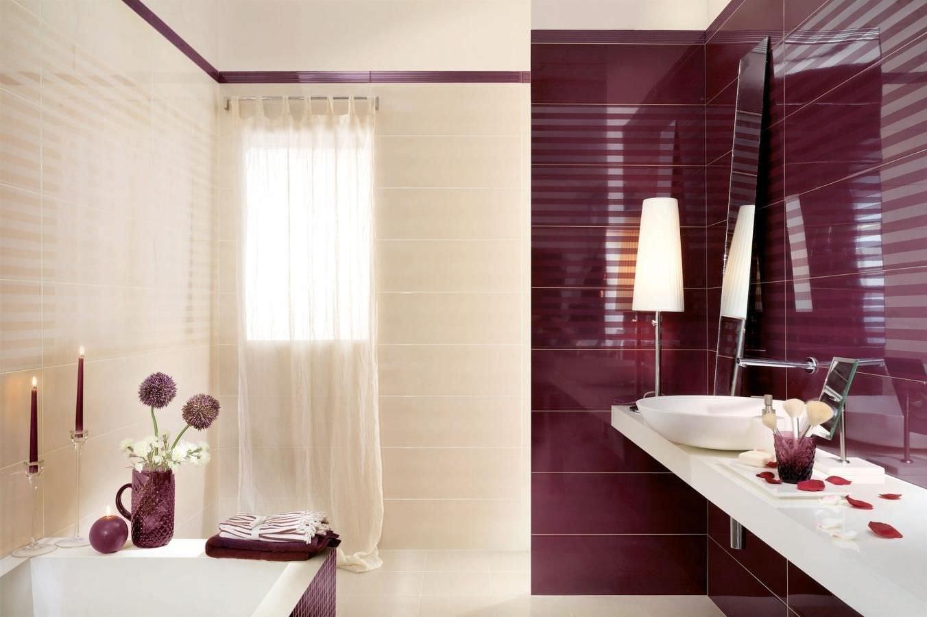 Кремово-бордовая ванная