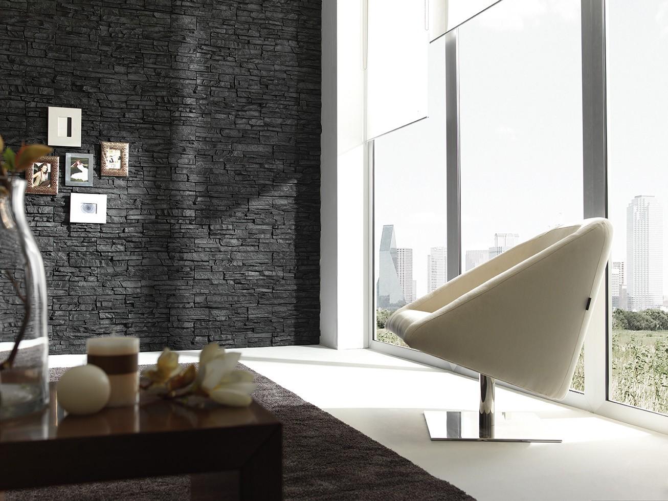 Отделка стен декоративным камнем черным