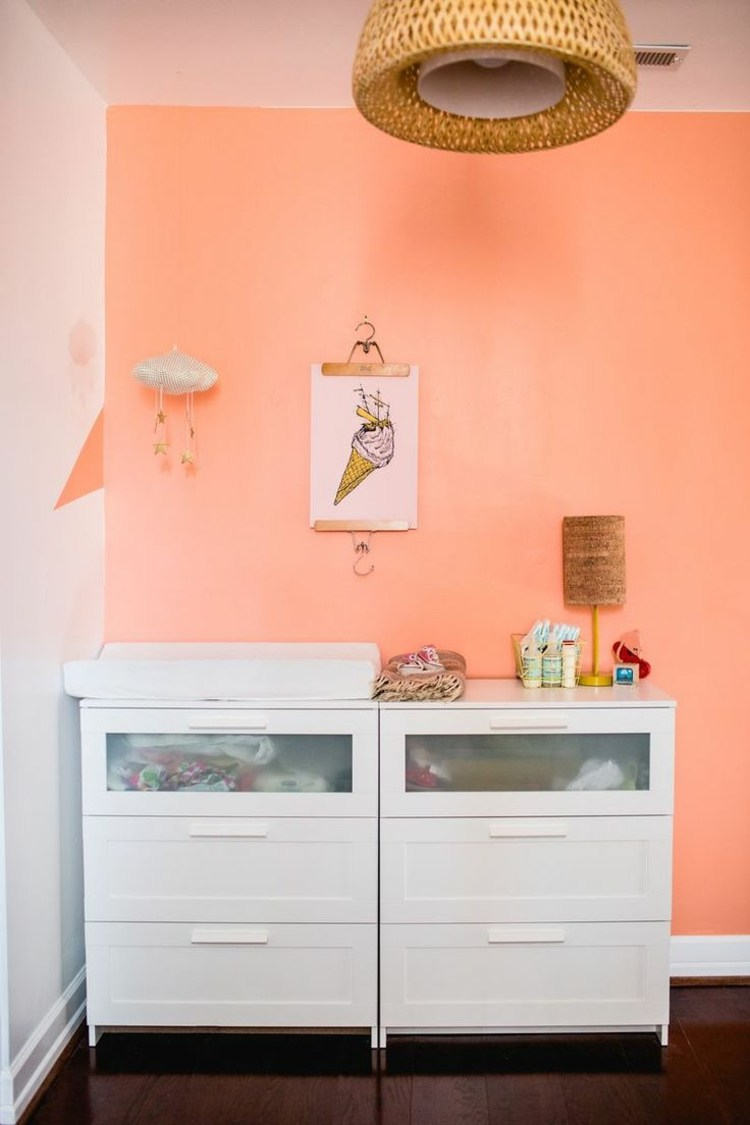 Персиковый цвет в дизайне интерьера