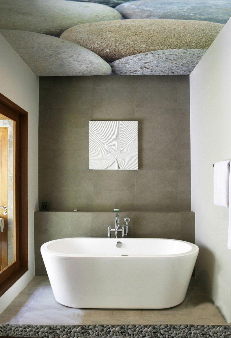 Потолок с фотопечатью в ванной