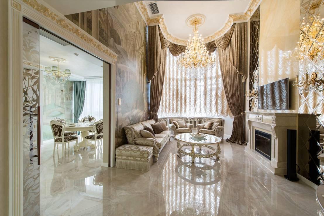 Французские шторы подчеркивают роскошь интерьера
