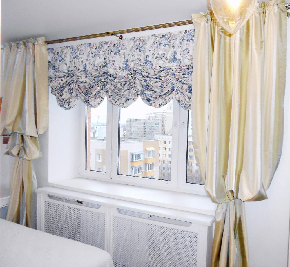 Французские цветочные шторы в спальне