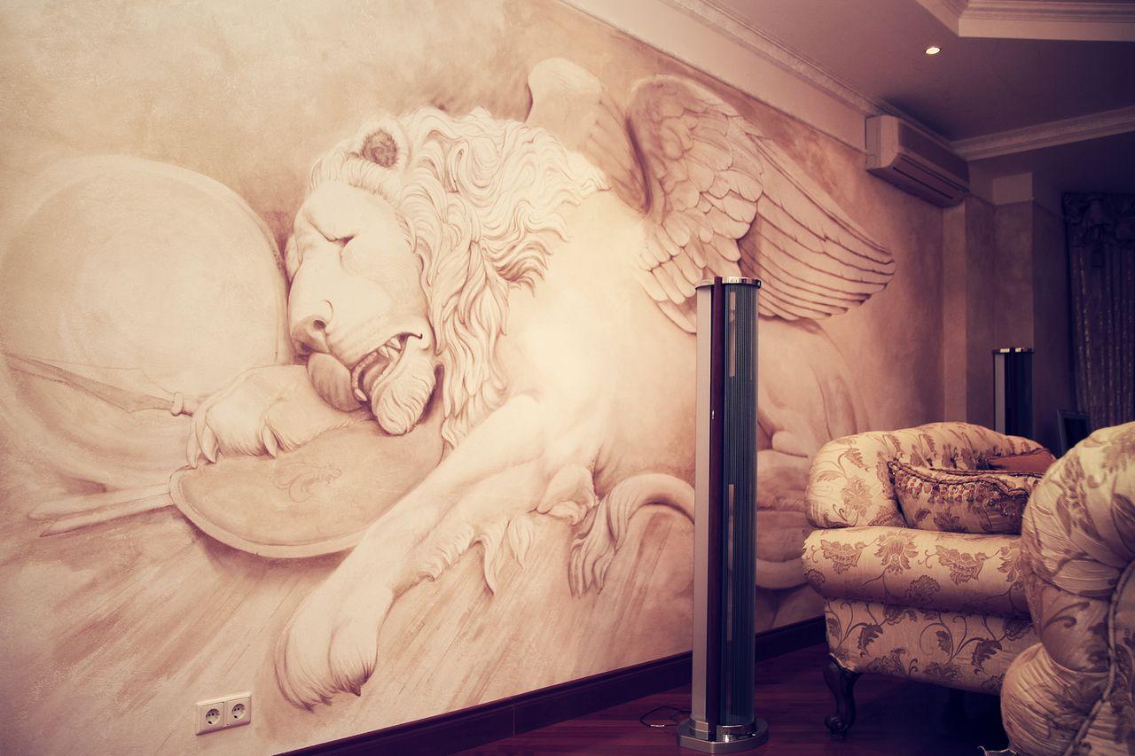 Большая фреска в интерьере