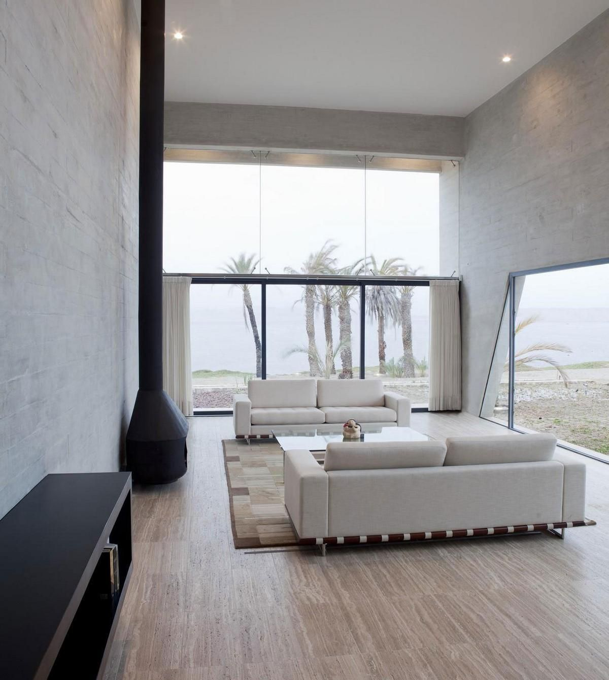 Бежево-черная гостиная в стиле минимализм с большими окнами
