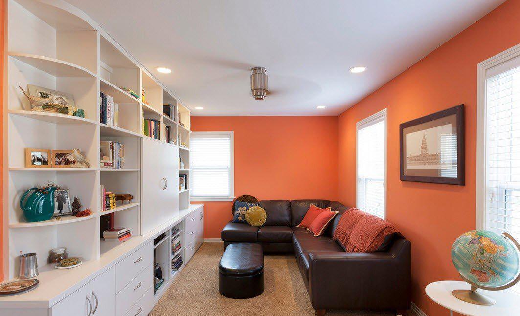 Оранжево-белая гостиная