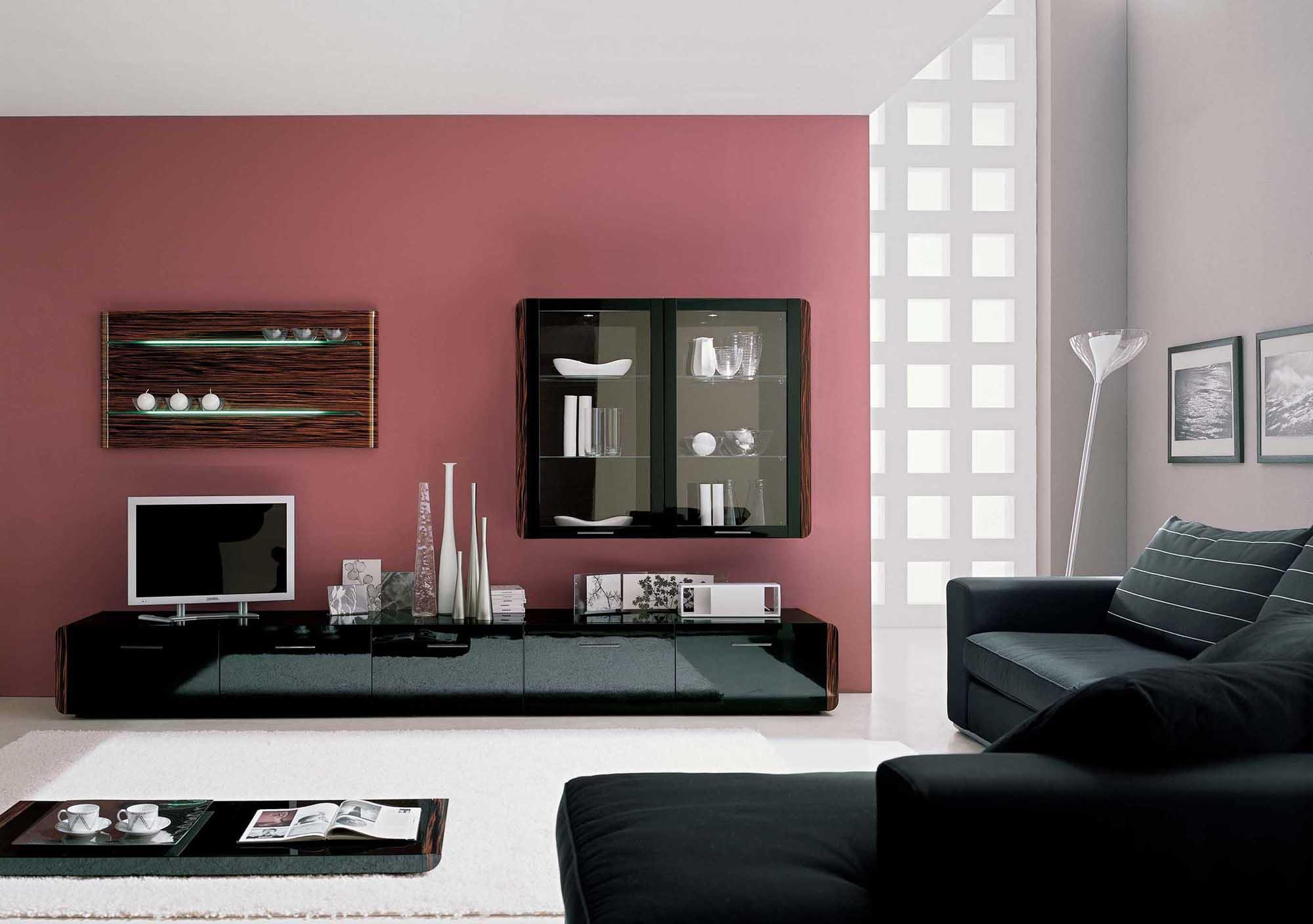 Стильная гостиная в стиле модерн в загородном доме
