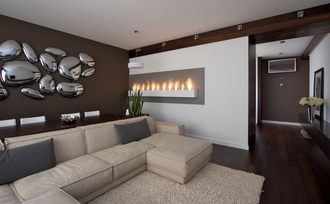 Белый, кремовый и коричневый цвета в гостиной в стиле хай-тек